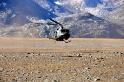 Military helicopter lands at York Sound during Operation Nanook, Aug. 27, 2014. Photo: Thomas Rohner